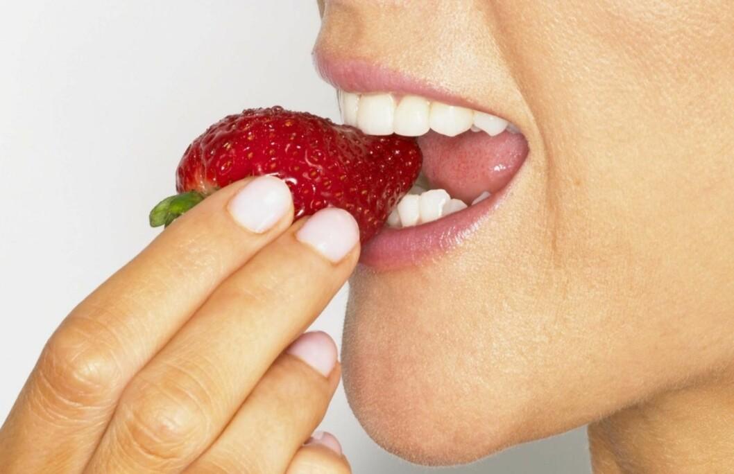 DU KAN GJERNE SPISE MER ENN ETT: Jordbær kan beskytte mot hjertesykdom og diabetes, og spis gjerne en halv kilo om dagen! Foto: Getty Images/Comstock Images
