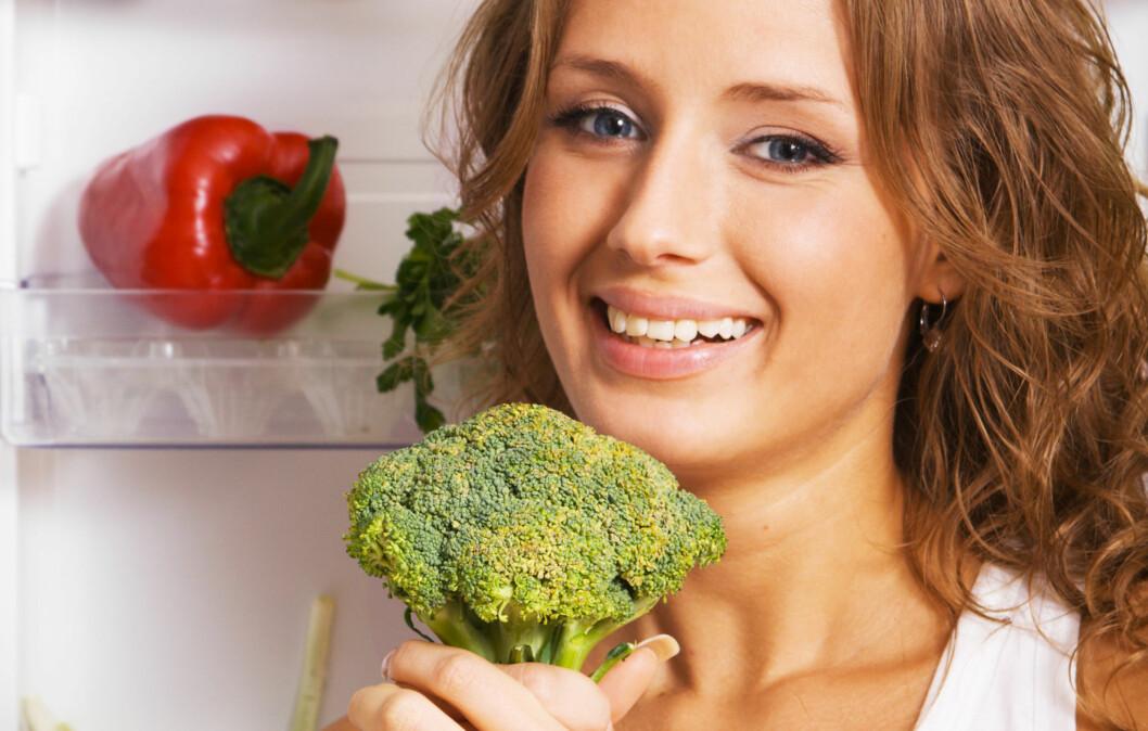 B FOR BROKKOLI: Sjekk hvilke andre to matvarer du bør ha som faste innslag i saken under. Foto: Colourbox