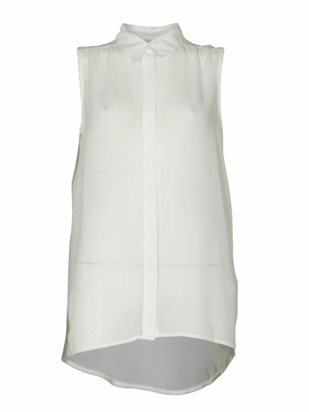 Ermeløs lang bluse med krage (kr.350/Vila.bestsellershop.com). Foto: Produsenten