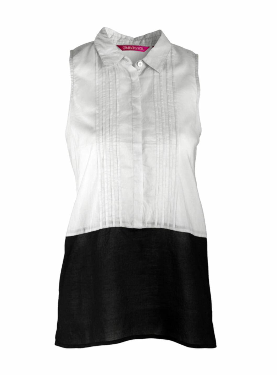 Ermeløs skjorte med kontrastkant (kr.199/Indiska). Foto: Produsenten