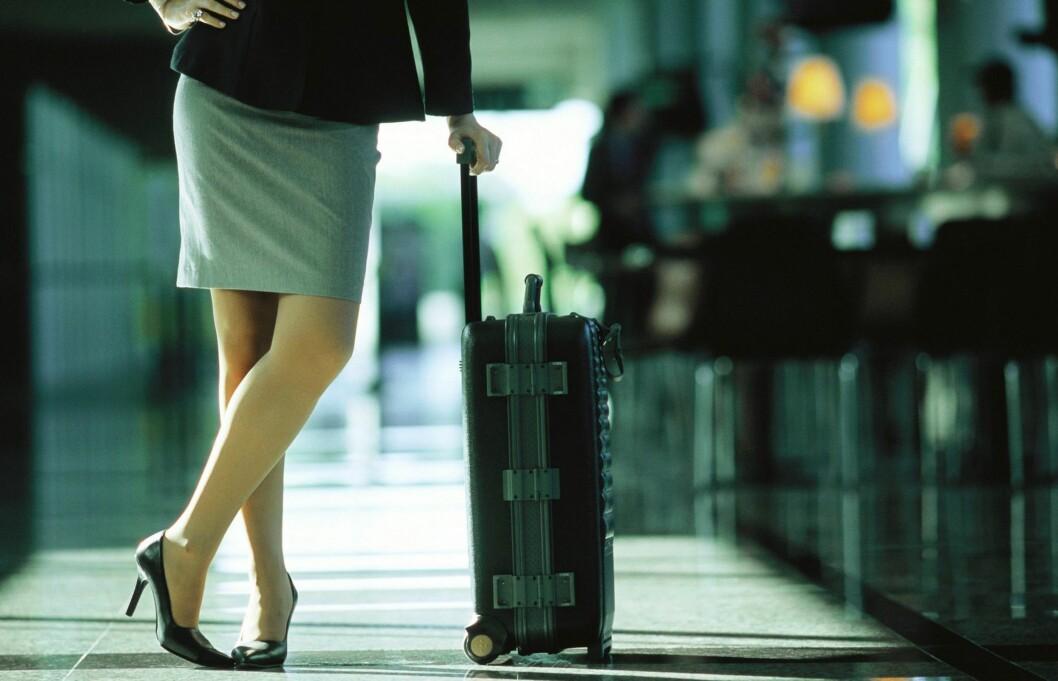 PAKK LETT: Unngå både innsjekkingskøen og venting på bagasje ved å pakke smart og lett.  Foto: Colourbox
