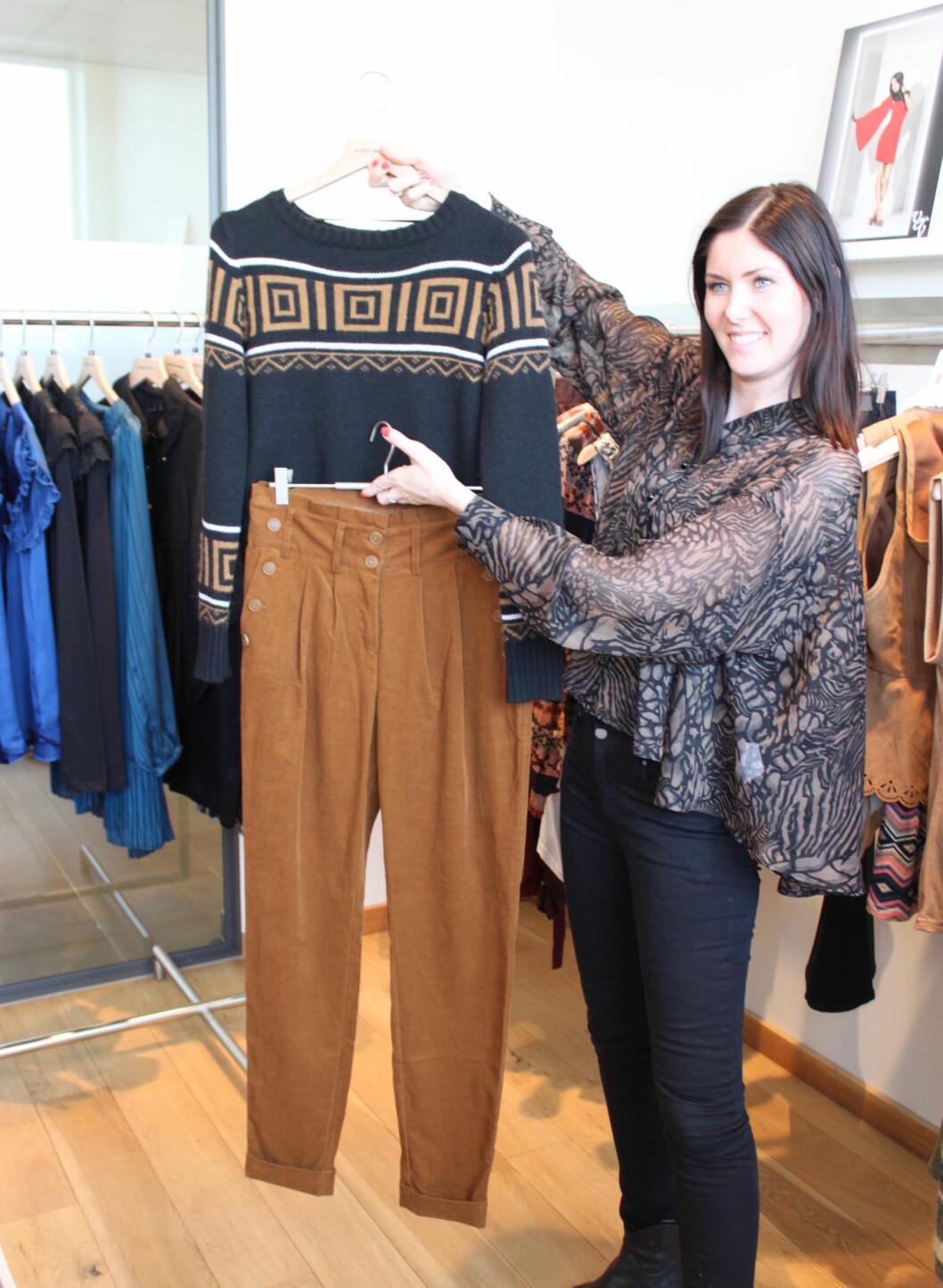 High waist-bukser og korte gensere fortsetter. Foto: Tone Ra Pedersen