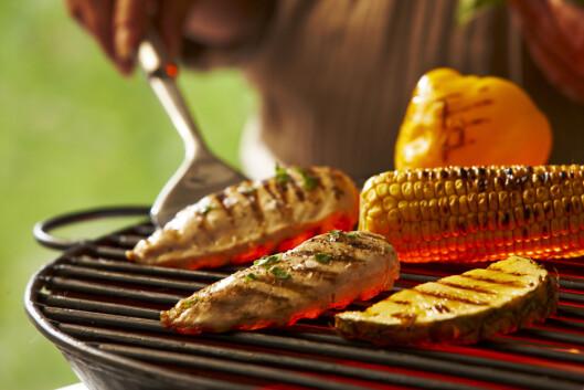 Rent kjøtt og grønnsaker gjør seg best å grillen. Foto: Colourbox