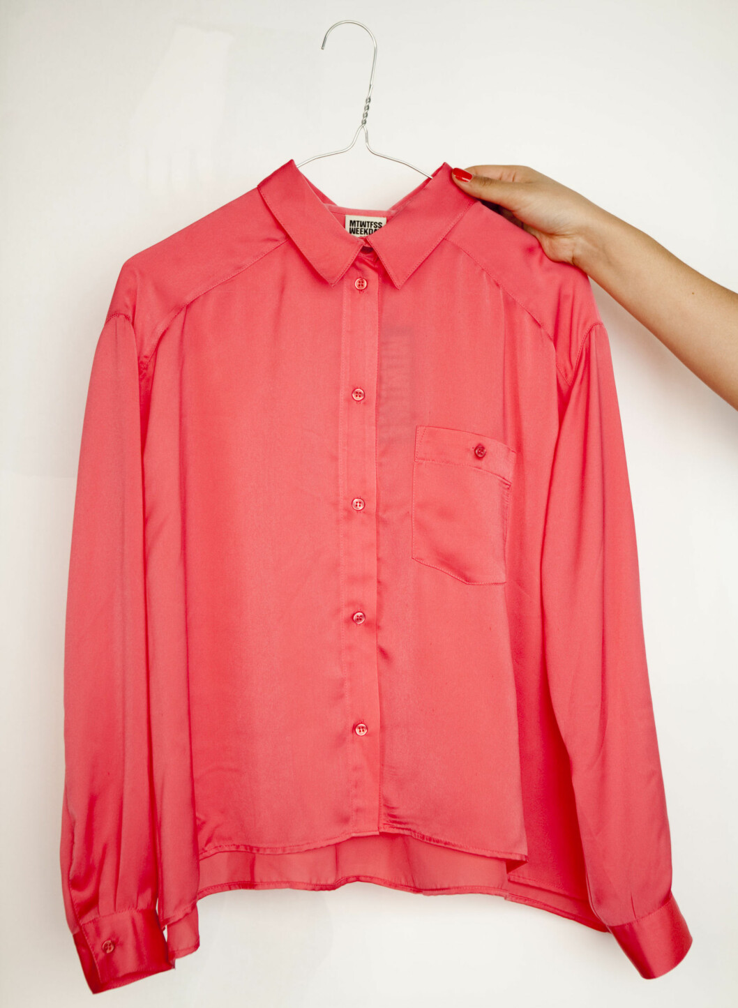 Rosa bluse fra Weekday. Foto: Per Ervland