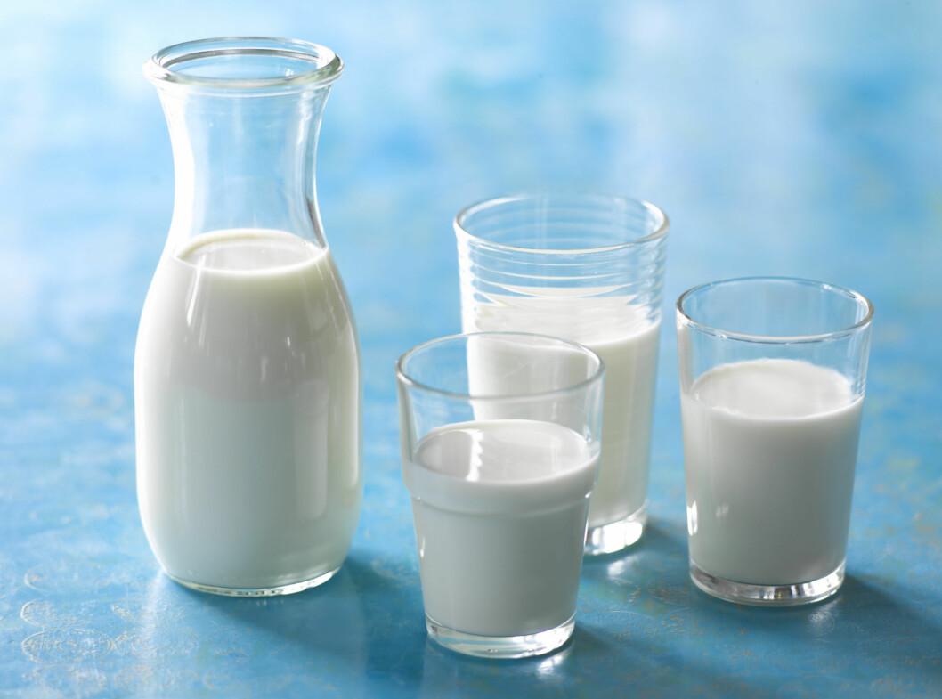 FÅ MER AV D: Du klarer ikke drikke nok melk til å dekke D-vitaminbehovet ditt - men sammen med fet fisk og ti minutter ute i sola er du på god vei til god helse.