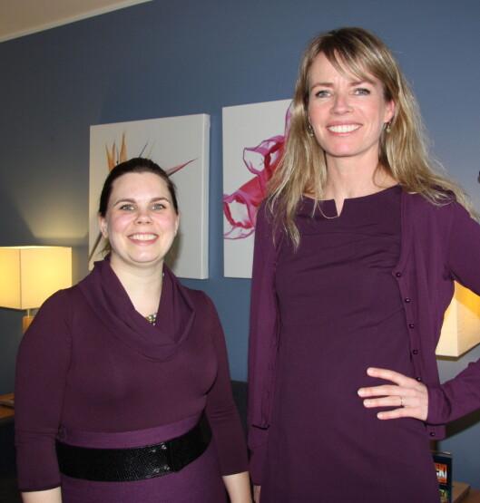 Marianne Bekkevold, salgssjef for Wolford i Norge (t.v.) og pressesjef Arendse Collin. Foto: Tone Ra Pedersen