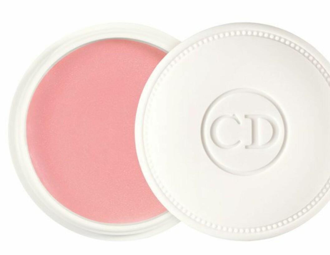 Dior Creme de Rose Lip Balm er en deilig leppebalm som gir næring til tørre lepper, samtidig som den glatter leppene og gir volum. Kan brukes alene eller under leppestift og lipgloss, kr 235.  Foto: Produsenten