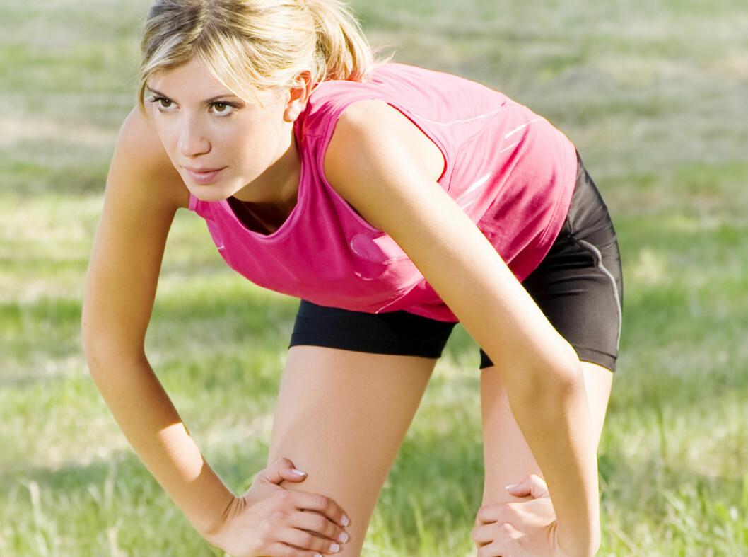 <strong>FORSKJELL PÅ STØLHET OG SMERTE:</strong> Beinhinnebetennelse er en vanlig skade hos alle som løper og går på treningstimer som inneholder hopp.  Foto: Panther Media