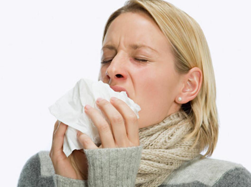SMITTEN NÅR DE POPULÆRE FØRST: En stor vennekrets øker risikoen for at du skal bli syk. Sjekk rådene for å unngå smitte lenger ned i saken.