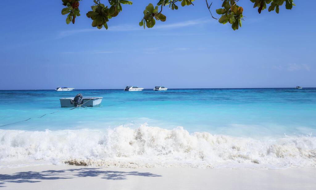 STENGT: Den idylliske øya Koh Tachai ble stengt for besøkende i fjor. De ble for mange. Foto: Shutterstock / NTB Scanpix