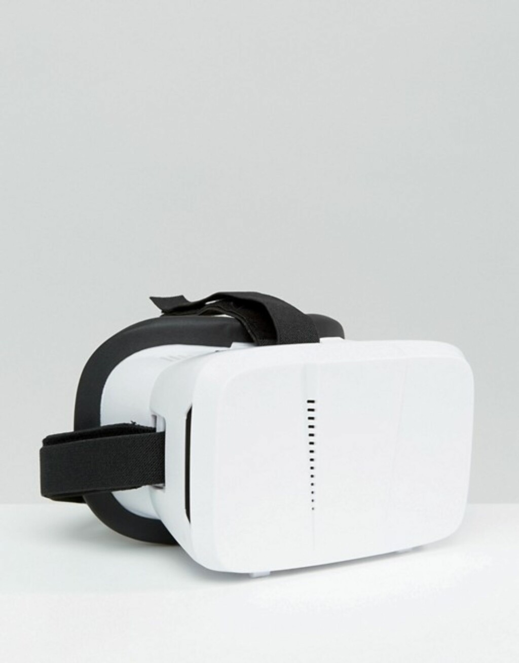 Virtual Reality Headset fra Asos.com | kr 384