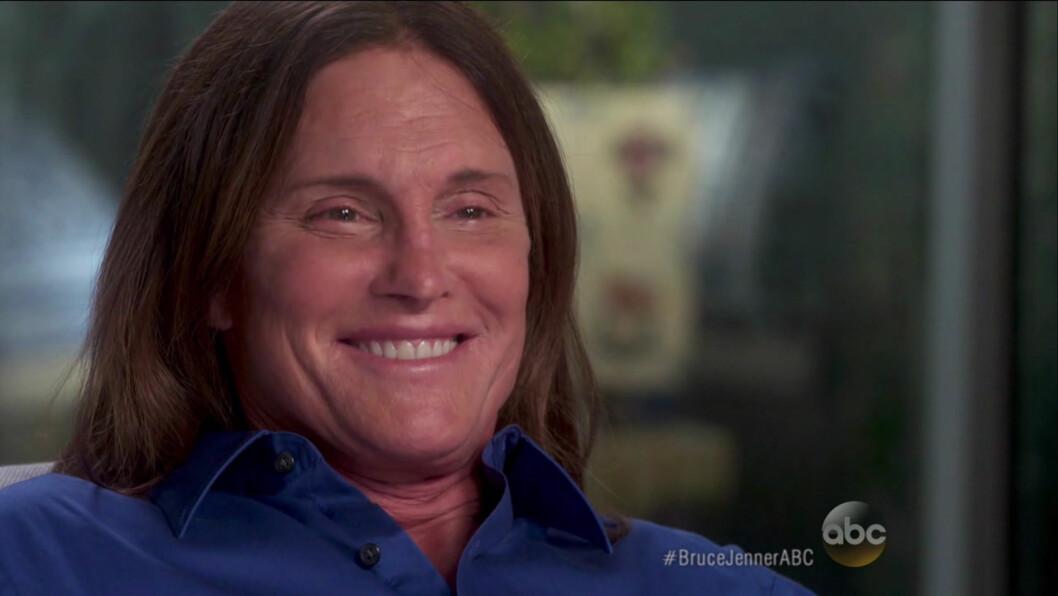 BORT MED HESTEHALEN: Under intervjuet med Diane Sawyer sa Jenner at han har aldri vært lykkeligere, og kunne endelig slippe løs håret.  Foto: wenn.com