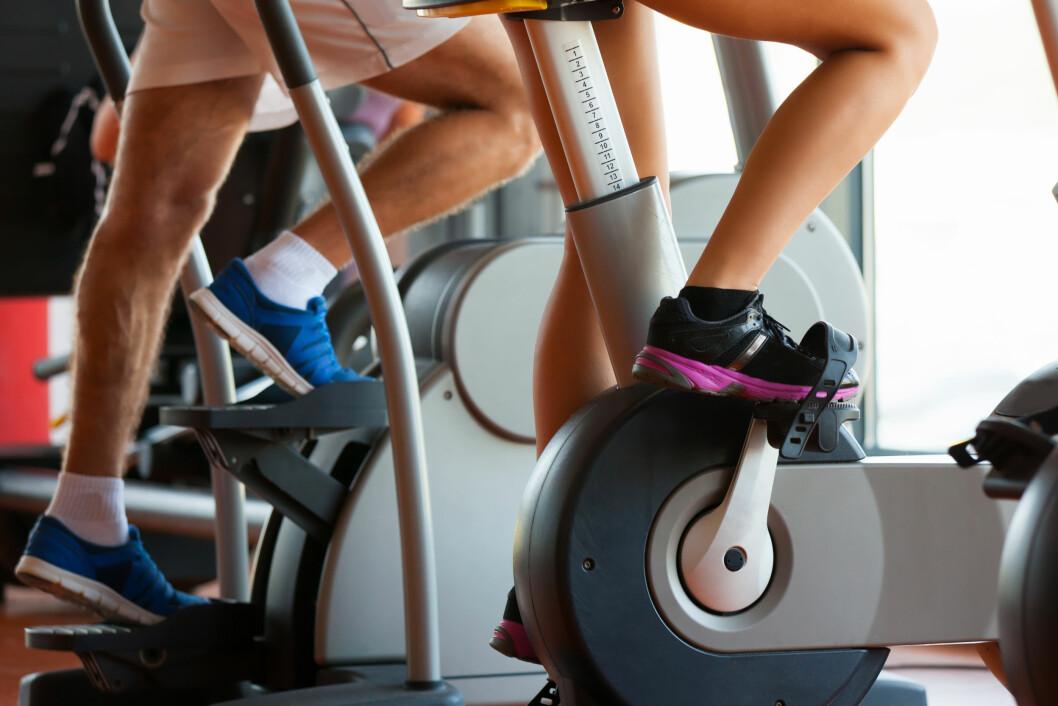 SPINNING: Eksperten forteller at spinning ikke gir kraftige legger og lår.  Foto: Shutterstock / foto infot