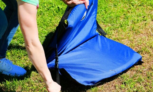 #5: Stram til ved å dra i stroppene. Du kan tilpasse disse når du setter deg ned.