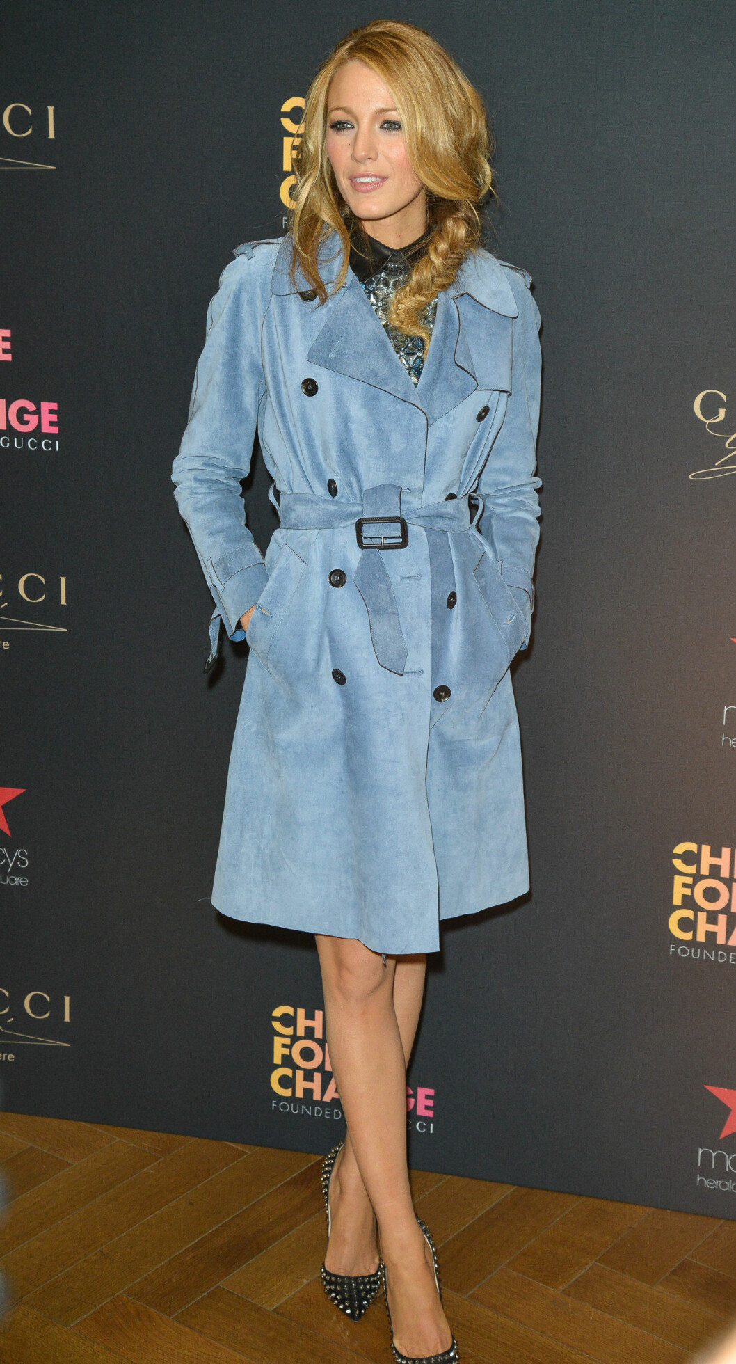 FEMININ: Blake Lively i en nydelig frakk fra Gucci. Foto: All Over Press