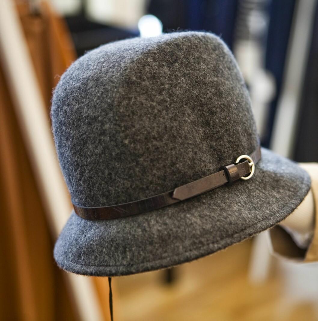 Ikke at jeg ville kledd den, men jeg drømmer om å være litt ladylike innimellom. Denne hatten fra Filippa K er utrolig elegant, og jeg elsker det smale smarte beltet.