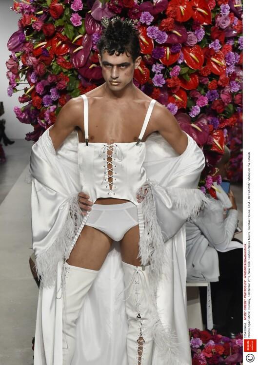 HOT, HOT, HOT: Palomo Spain designer ikke akkurat folkelige antrekk for hvermansen.   Foto: Shutterstock