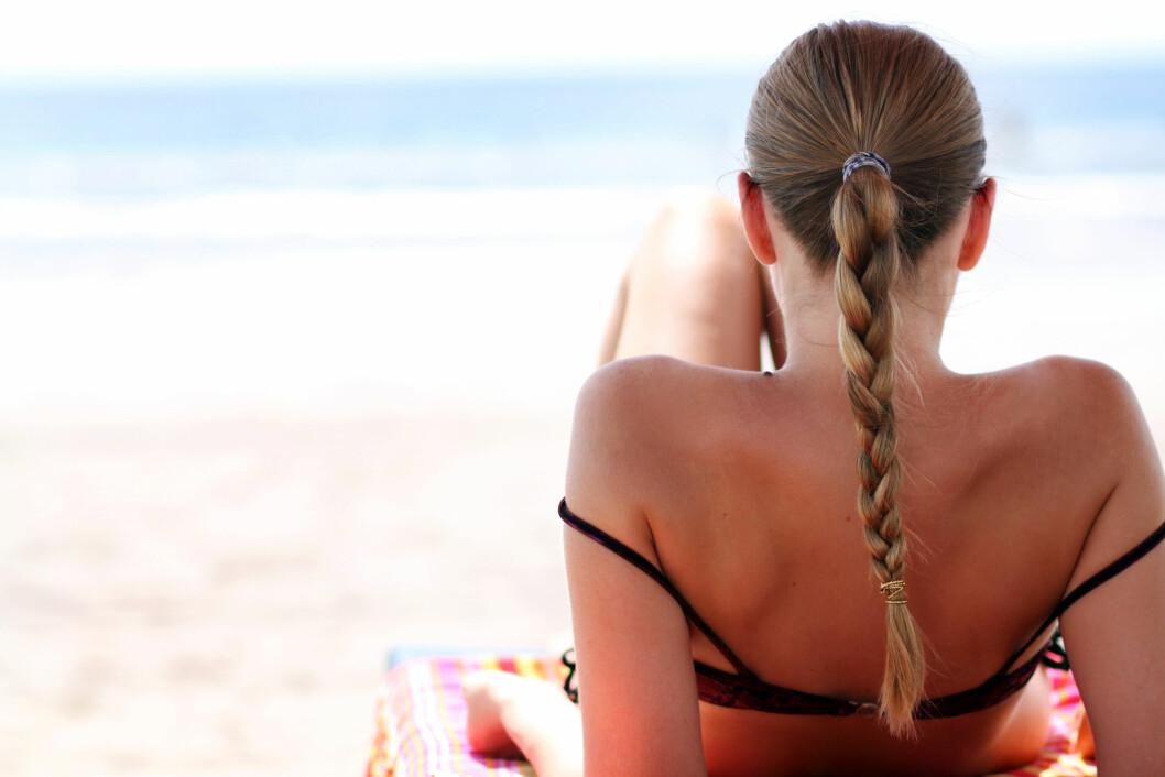 FØFLEKKREFT: Overdreven soling kan føre til føflekkreft og hudkreft. Vit hvilke endringer du skal være obs på! Foto: Scanpix