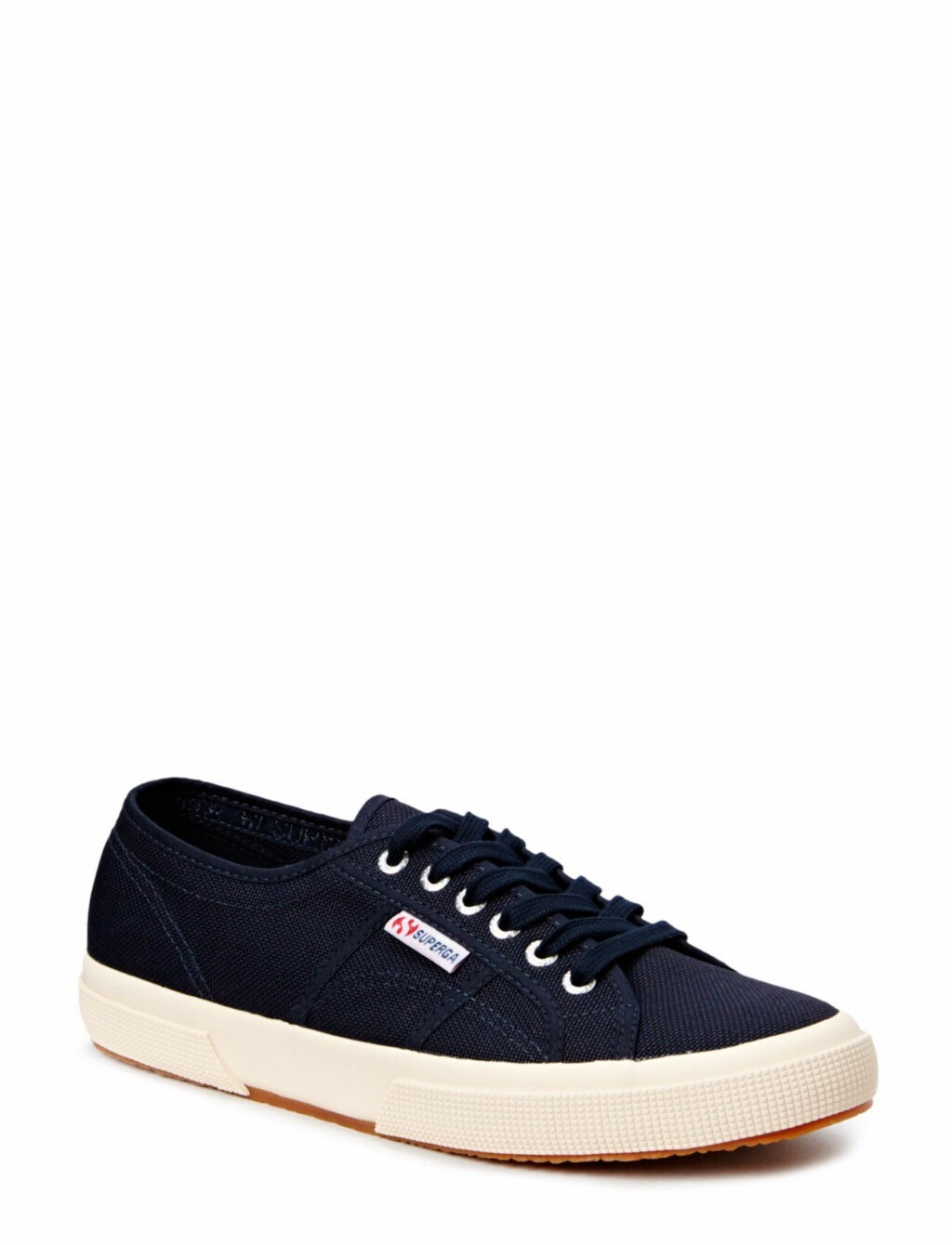 Sneakers fra Superga via Nelly.com | kr 375