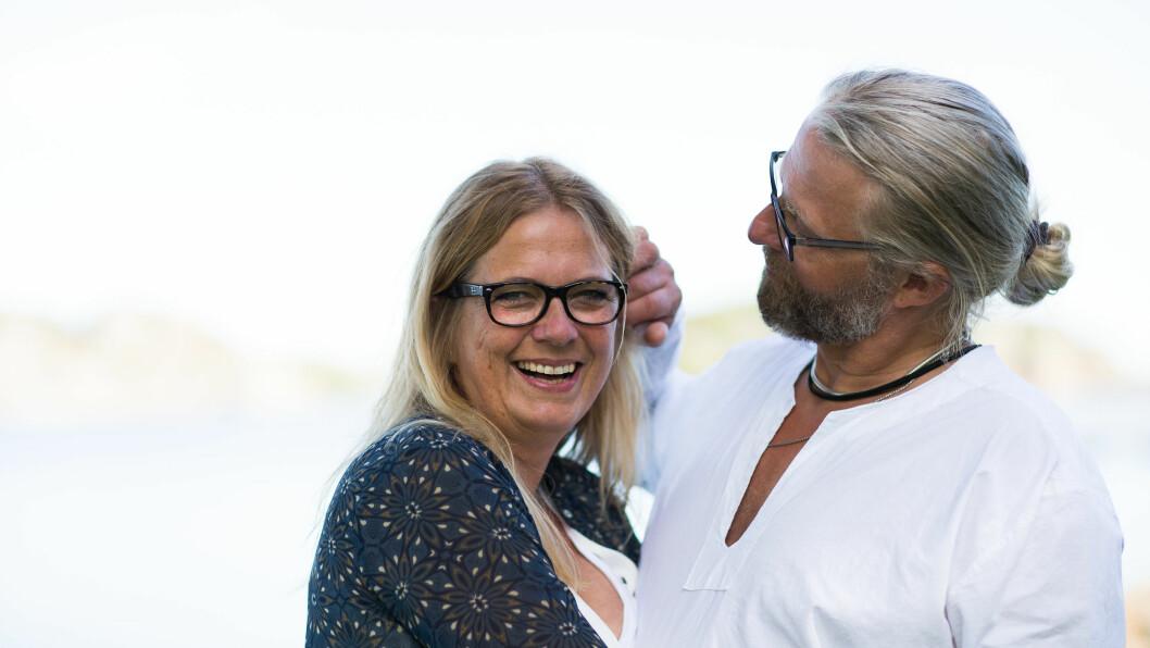 KJÆRLIGHET VED FØRSTE BLIKK: Thor (54) Og Ingvild (52) brukte usedvanlig kort tid på å bestemme seg for hverandre. De har aldri angret. Foto: Mona Moe Machava
