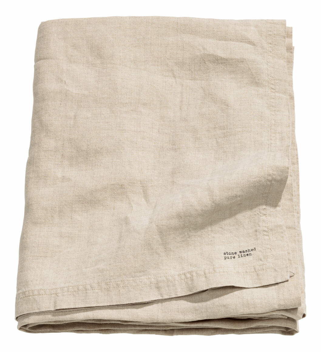 Duk i vasket lin fra H&M Home │kr 399│