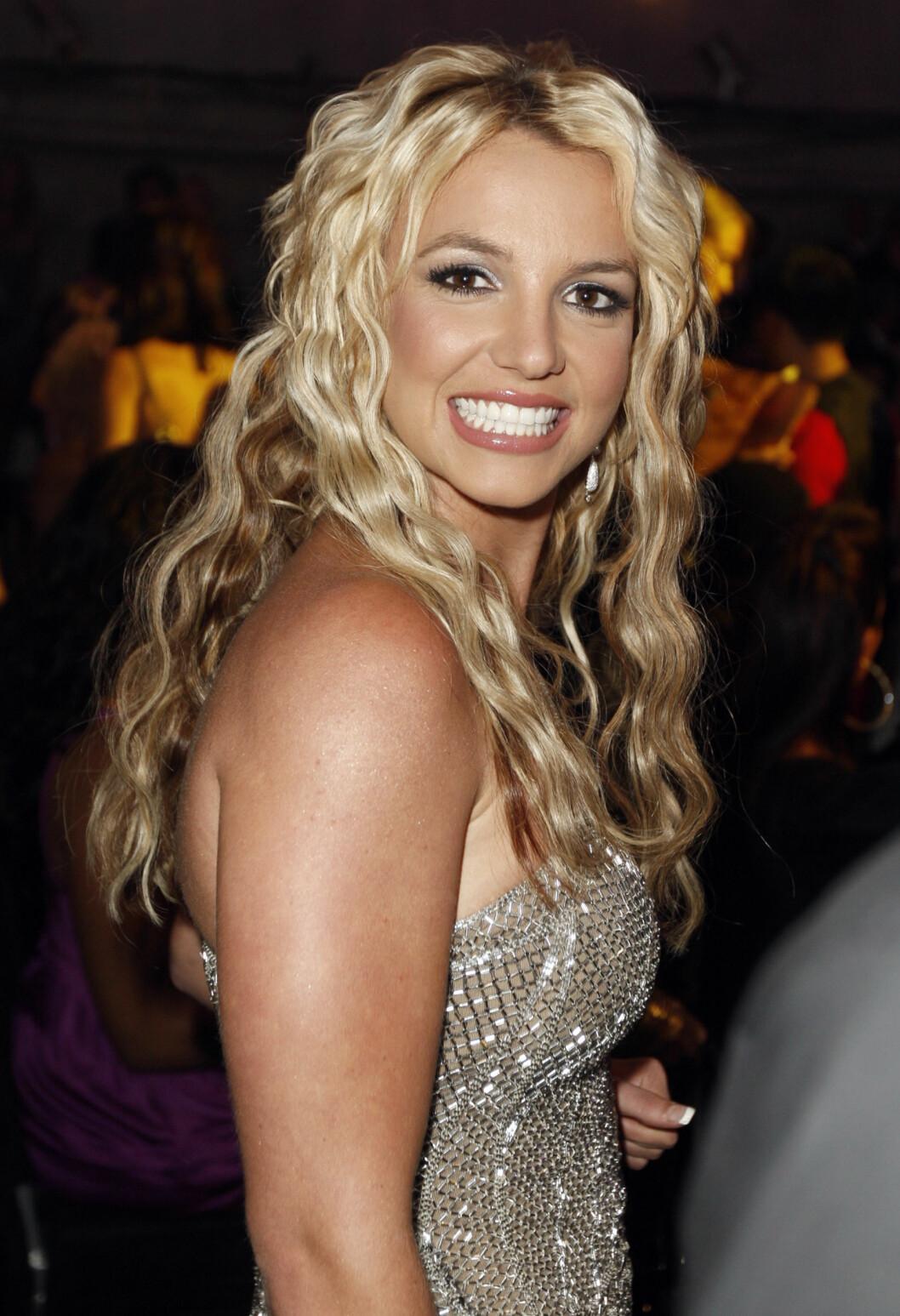 <strong>2008:</strong> Her dukket Britney opp på MTV Video Music Awards i Los Angeles.  Foto: AP