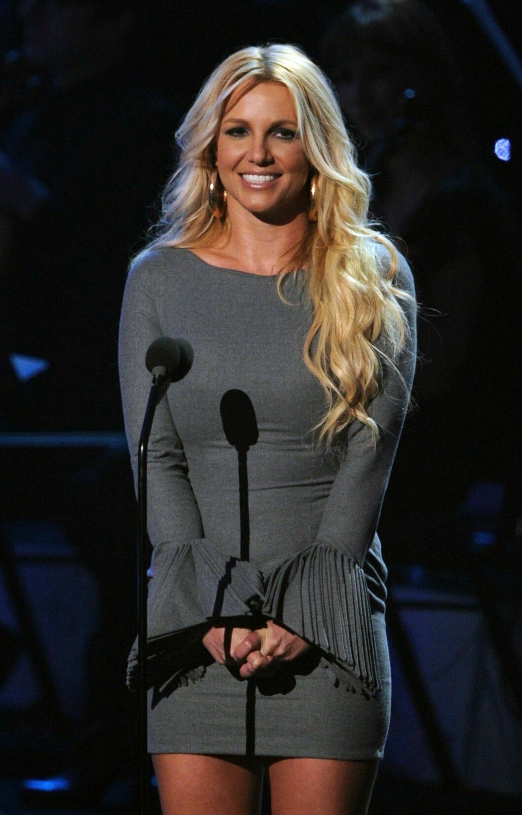 <strong>2012:</strong> Her snakker Britney under «We Will Always Love You: A Grammy Salute To Whitney Houston» i 2012.  Foto: Afp