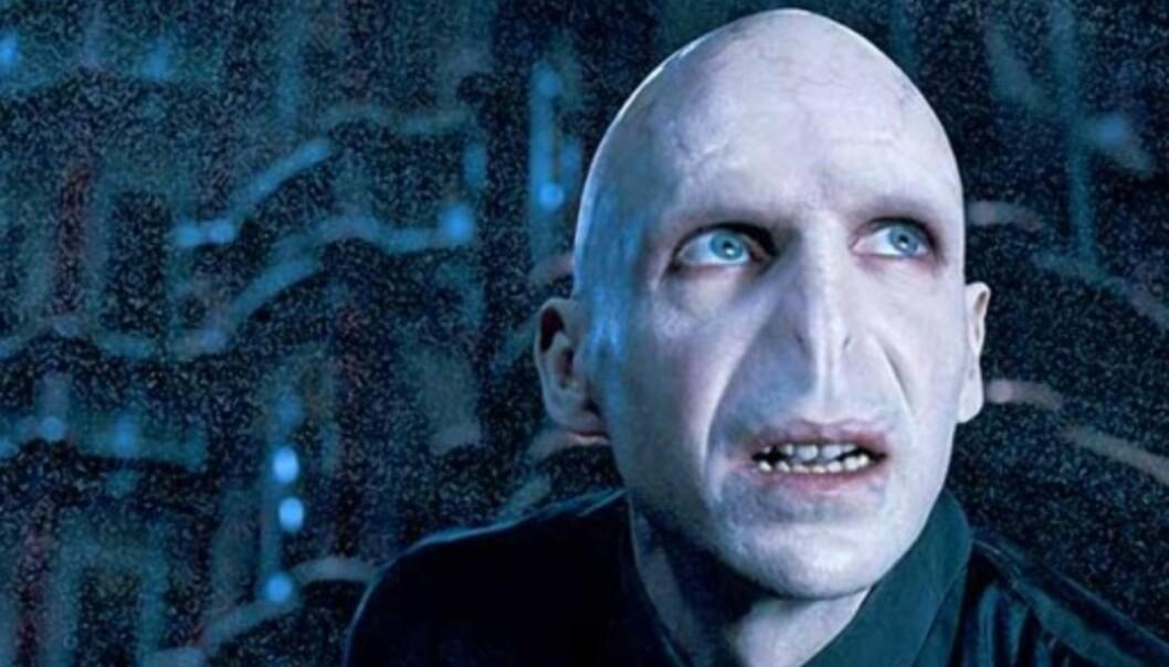 <strong>SLEMMING:</strong> Über-slemmingen Voldemort har et noe uventet mellomnavn i Frankrike. I filmene spilles den onde trollmannen av Ralph Fiennes (bildet). Foto: NTB Scanpix