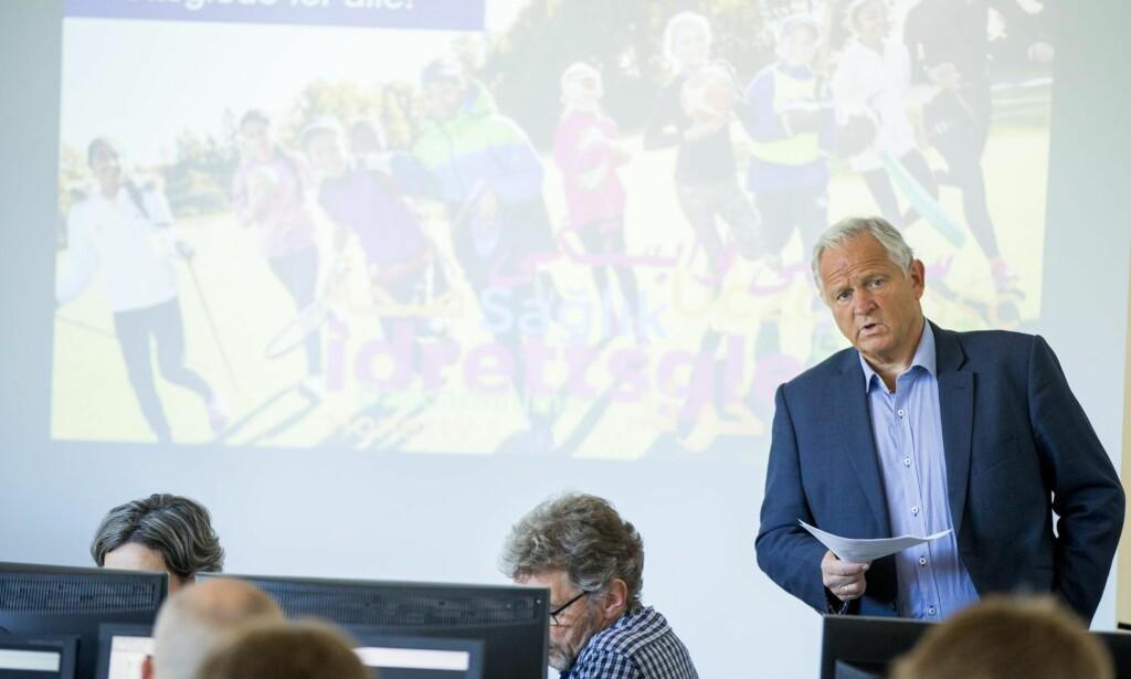 ENDELIG: Tirsdag la kommunikasjonssjef Niels Røine og Norges Idrettsforbund fram regnskaper med innsyn i kvitteringer og bilag fra før 2015. Foto: NTB Scanpix
