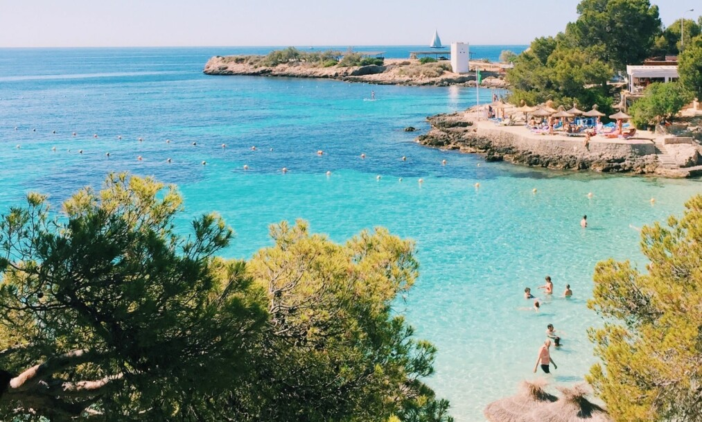 IDYLL: På Mallorca finner du flere a Spanias fineste strender Foto: NTB Scanpix