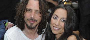 Rockestjernas kone skjønte at noe var galt natta han ble funnet livløs: – Han ville ikke dø