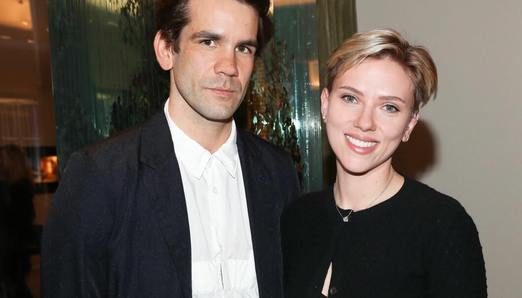 BRUDD: Scarlett Johansson og den franske journalisten Romain Dauraic gikk hver til sitt tidligere i år. Nå krangler de om omsorgen for sin tre år gamle datter.