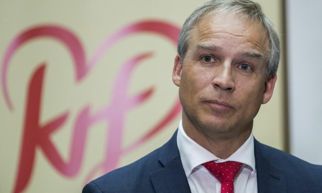 PÅ VEI INN: Hans Olav Syversen (KrF) avviser at han er aktuell som ny KrF-leder, men han blir ifølge Dagbladets kilder statssekretær ved SMK. Foto: Berit Roald / NTB scanpix