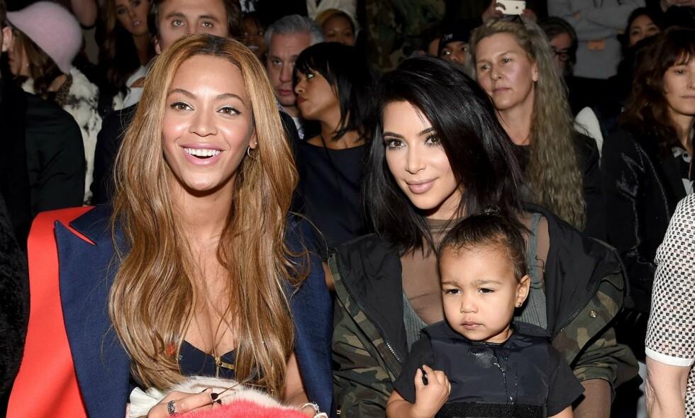 VIL HA TVILLINGER: Kim Kardashian vil gjøre som Beyoncè og ønsker seg tvillinger sammen med sin ektemann Kanye West. Foto: NTB Scanpix
