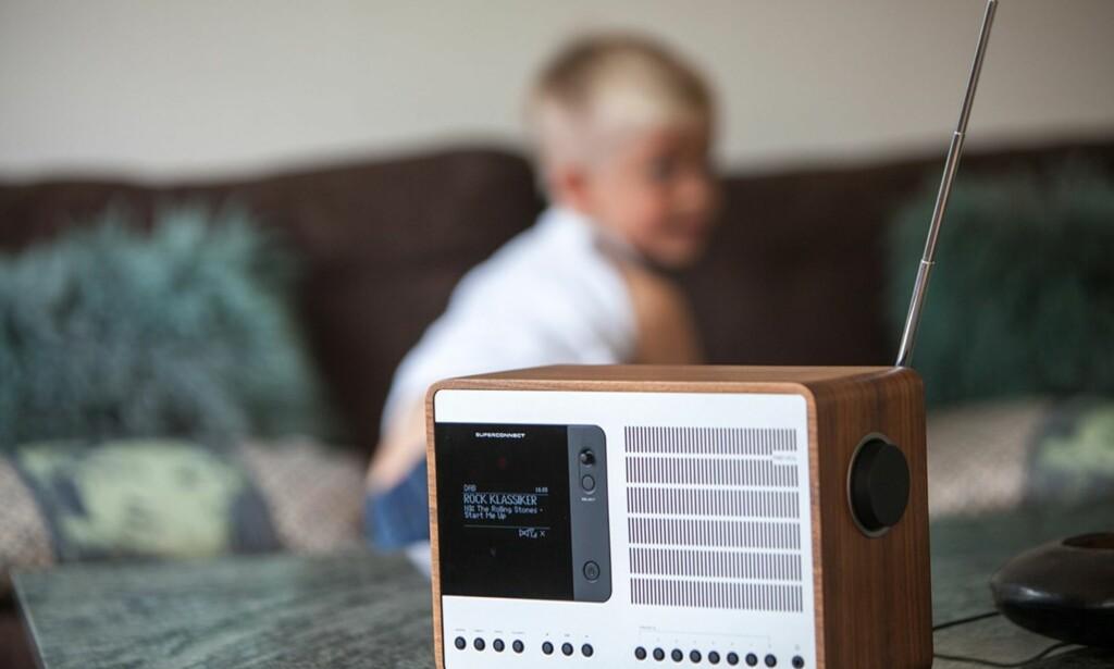 KONFLIKT: Slukkingen av FM-nettet blir ikke gjennomført etter planen, mener lokalradioredaktører. Foto: NTB Scanpix