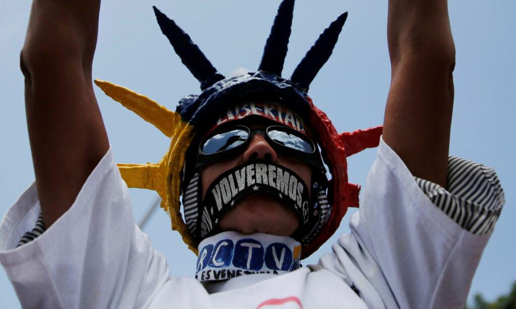 image: Solnedgang - i sakte film - for Maduro