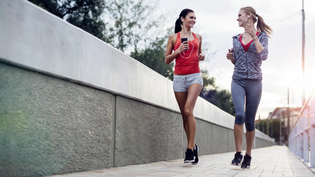 LØPING: Ny forkning viser at løping reduserer risikoen for tidlig død med 40 prosent, uansett hvor raskt eller langt man løper, og uansett om man røyker, drikker, er overvektig eller har høyt blodtrykk. Foto: NTB scanpix