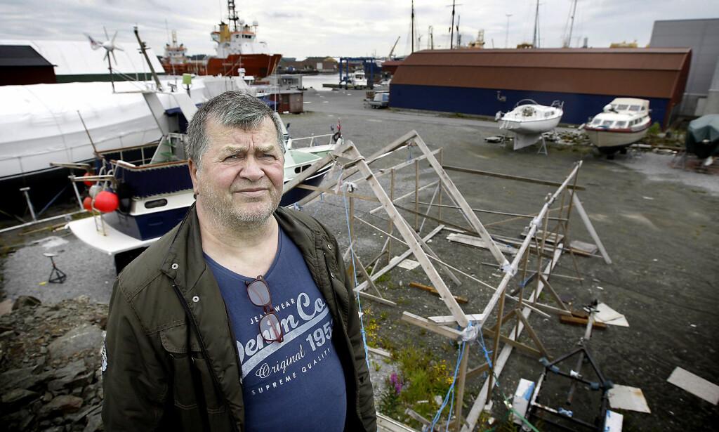 PÅ GAMLE TOMTER: Finn Kristian Halvorsen har i 15 år kjempet mot det han mener er et komplott mot i Sør-Vest politidistrikt. Foto Harald Nordbakken/Haugesunds Avis