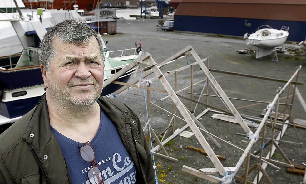 MARERITT: På kort tid ble Finn Kristian Halvorsens liv snudd på hodet. I slutten av juli 2002 ble en buss han eide fullstendig ramponert og i august ble hans lager utsatt for innbrudd og Halvorsen frastjålet verktøy til en verdi av rundt 500 000 kroner.  Foto Harald Nordbakken/Haugesunds Avis