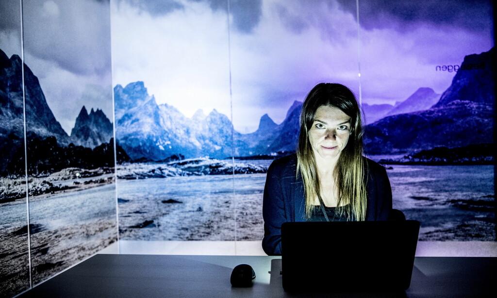 STOR PÅGANG: I tillegg til mer enn 1000 henvendelser på e-post blir Marthe og kollegene ved Legemiddelverket oppringt av folk som mener de må ha pillene som er stoppet i tollen. Foto Thomas Rasmus Skaug