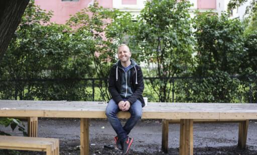 UPROBLEMATISK: Thomas H. Olsen, aka veganmannen, synes det er flott at regelverket følges opp, men synes det er trist at det oppfordres til å kaste mat. Foto: Orhan Kuresevic