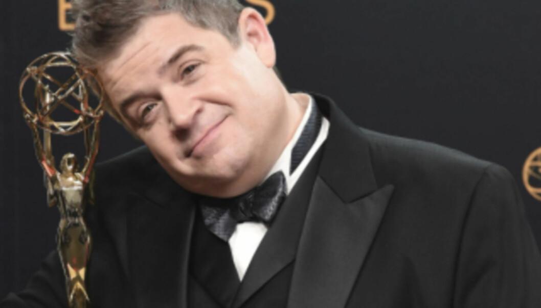 MOROMANN: Skuespiller Patton Oswalt er best kjent for å spille rollen som Spence i humorserien «Kongen av Queens». Her er han avbildet under Emmy Awards i 2016. Foto: NTB scanpix
