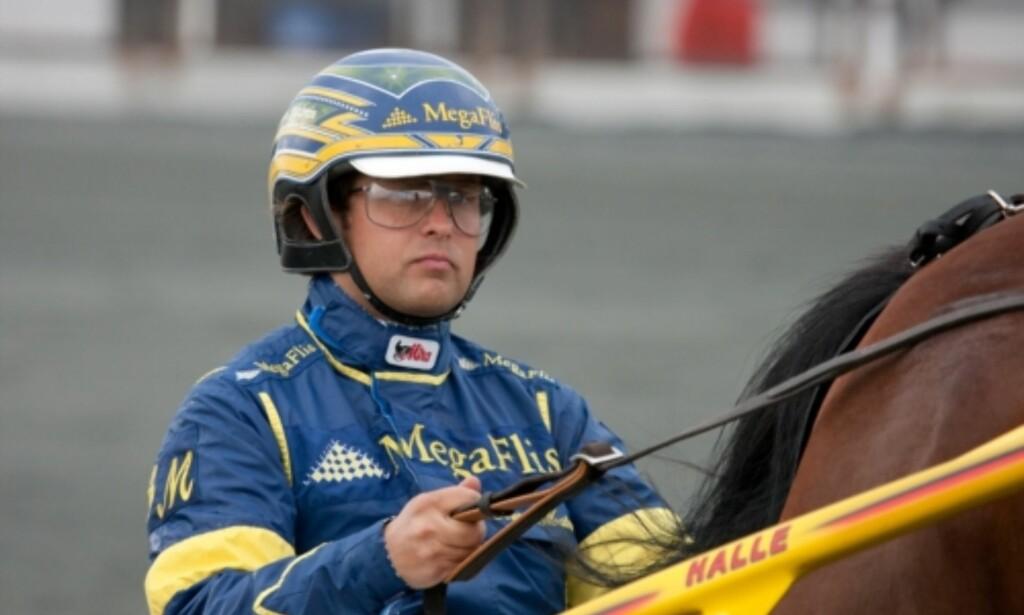 BLÅSTE RØDT: Toppkusk Kristian Malmin passerte ikke promillekontrollen under storløpsdagen på Jarlsberg søndag. Foto: Eirik Stenhaug / Equus Media