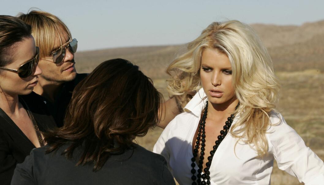FYLTE 37 ÅR: Jessica Simpson er vant til å posere foran kamera. Her er hun på en fotoshoot i 2005. Foto: NTB Scanpix
