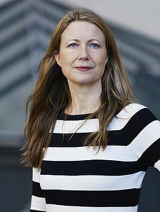 KRITIKKVERDIG: Therese Manus mener denne saken fremstår som både kritikkverdig og uprofesjonell. Foto: Bård Gudin/Norsk kommunikasjonsforening