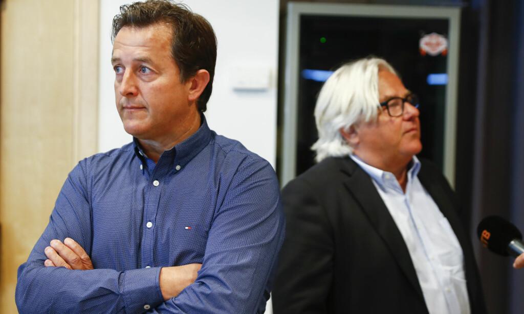 DØMT: Travtrener Fabrice Souloy (t.v), her under høringene med forsvarer Staffan Uvabäck. Foto: Terje Pedersen / NTB Scanpix