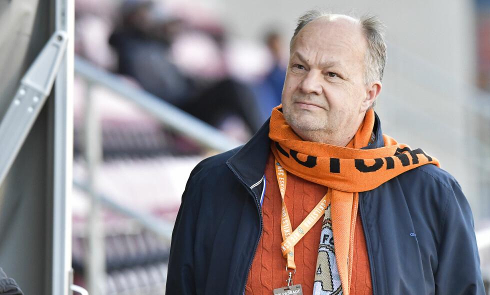 TRUET: Mange misliker Alex Ryssholms metoder i fotballen. Nå har han blitt truet på livet. Foto: Jonas Ekströmer / TT / NTB Scanpix