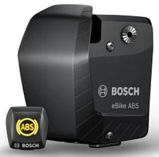 STOR KLUMP: ABS-kontrollenheten øker vekta med hele 800 gram, og er ikke akkurat diskret. Foto: Bosch