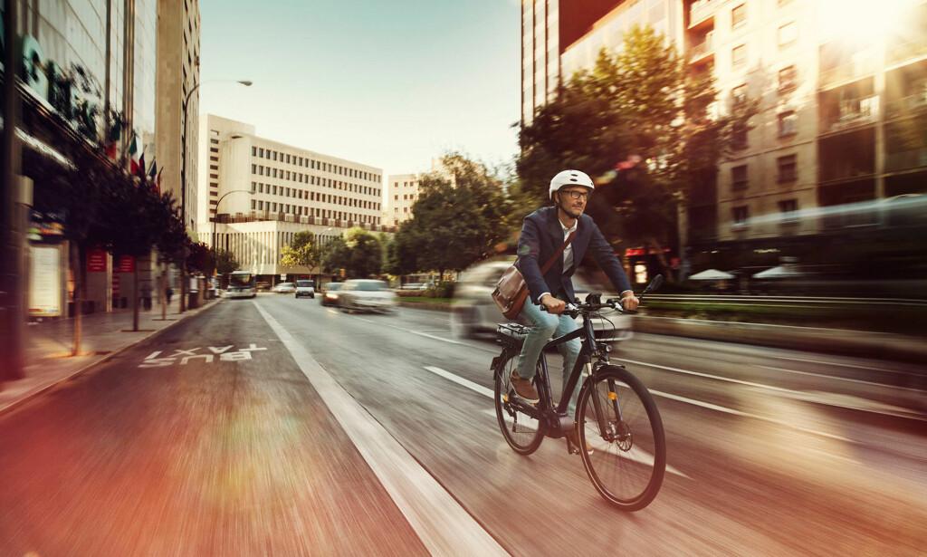 TRYGGERE I TRAFIKKEN: Biler og motorsykler har det allerede. Nå kommer ABS-bremsene også for elsykler. Foto: Bosch