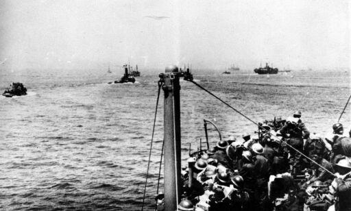 image: Desperate soldater var omringet av Hitlers styrker. Da mobiliserte hundrevis av sivile engelskmenn